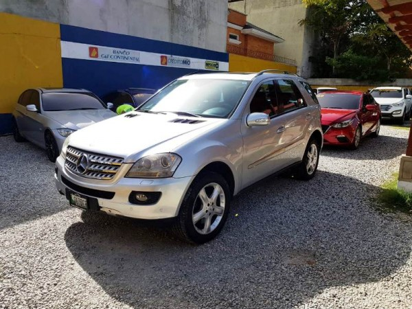 Mercedes Benz ML 5004X4 M.2006 DE AGENCIA
